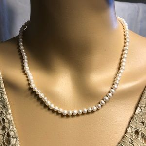 Freshwater Pearl Necklace with 10K Gold Clasp